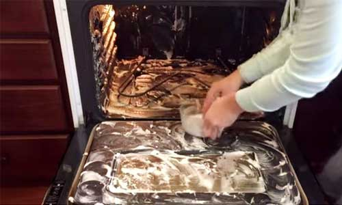 cleaning of the oven